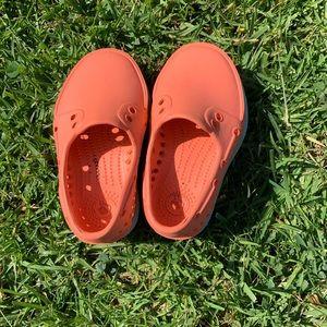 Orange Natives size 5
